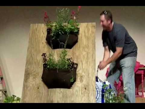 Woolly Pockets Demonstration – vertical gardening